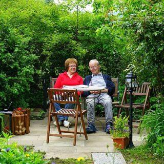 Óbecsei István: Szeressétek az öregeket